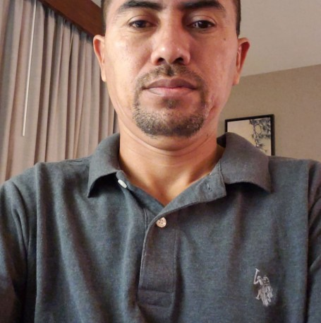 Jose Esmelyn, 42, Berkeley