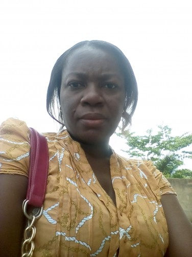 Naa t, 38, Accra