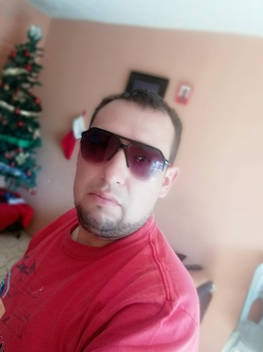 Mike, 32, Guatemala City