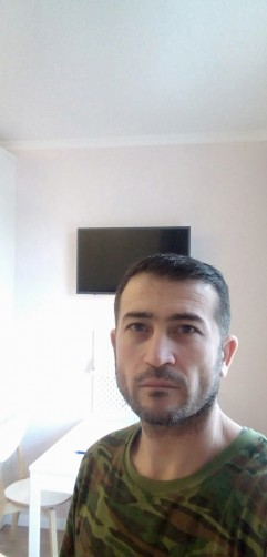 Alibek, 36, Saint Petersburg