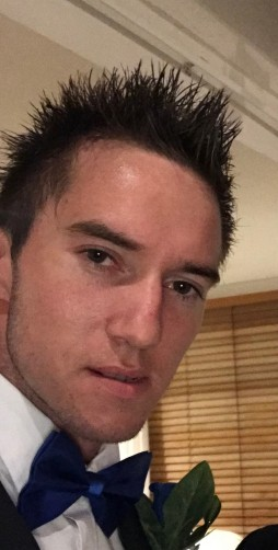 Ronnie, 25, Melbourne