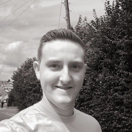 Michael, 25, Exeter