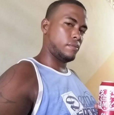 Salvador, 22, Panama City