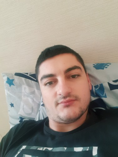 Gheorghe, 25, Toulouse