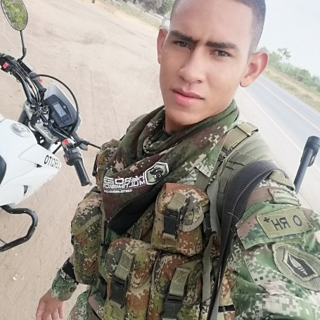 Cesar, 22, Colombia