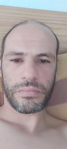 Christopher, 35, Pietà