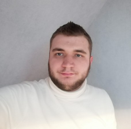 Thomas, 23, Somain
