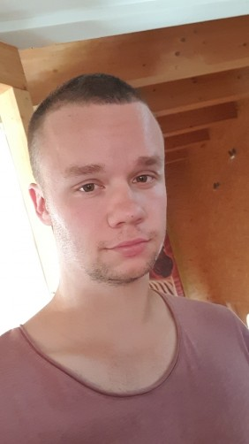 Sebastian, 20, Furth