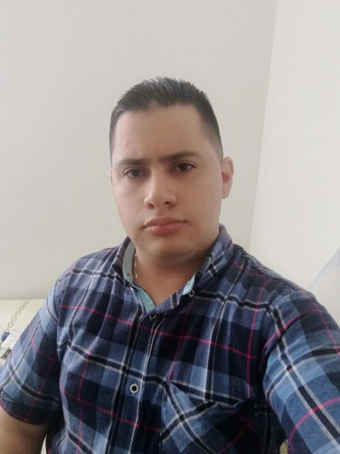 Camilo, 29, Ibague