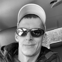 Adam, 38, Mackinaw City, Michigan, USA