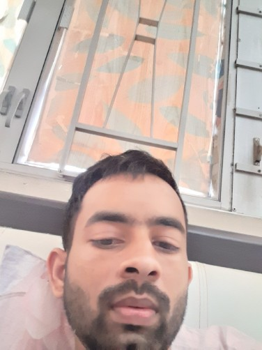 Raees, 26, Hong Erdui