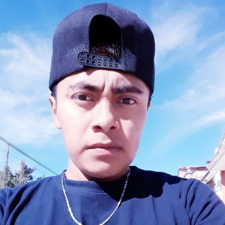 Tony, 23, Puerto Escondido