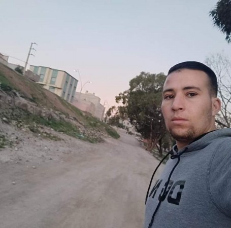 Mohamad, 25, Nador
