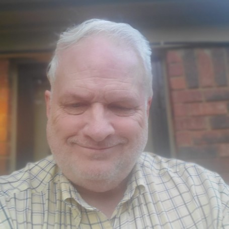 Harry, 67, Marion