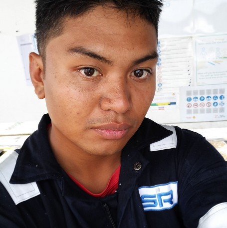 Faizz, 26, Tutong