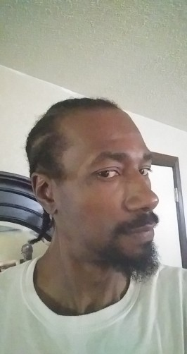 Syncere, 39, Madison Heights