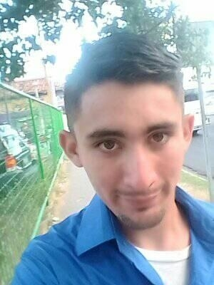 Gueovany, 22, Chapeltique