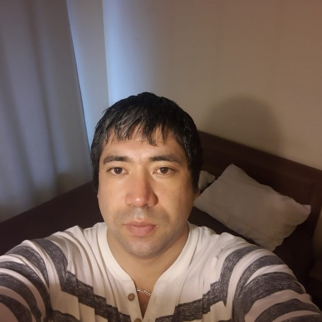 Victor, 30, Temuco