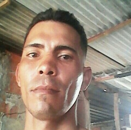 Julio, 34, Chacao