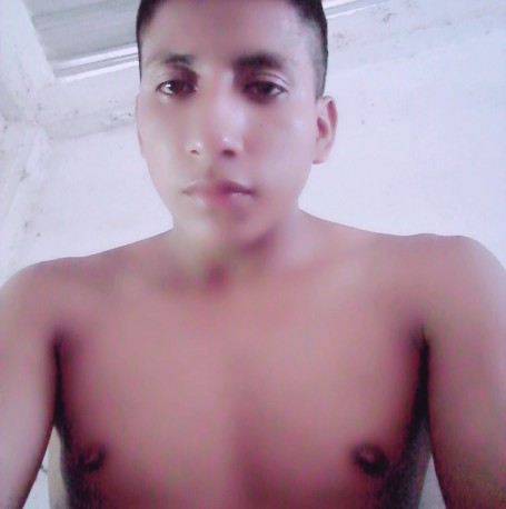 Jhors, 26, Quito
