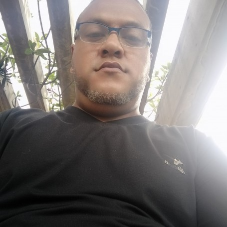 William, 40, Caracas