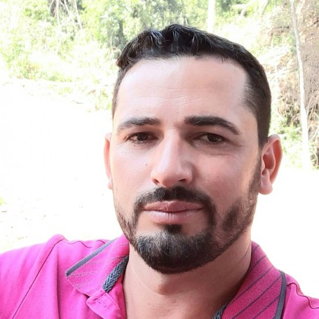 Diony, 32, Vere
