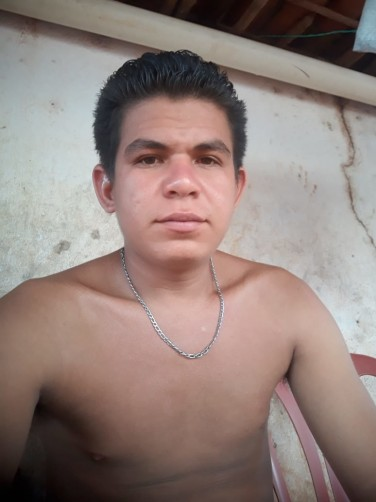 Francisco, 22, Guaraciaba do Norte
