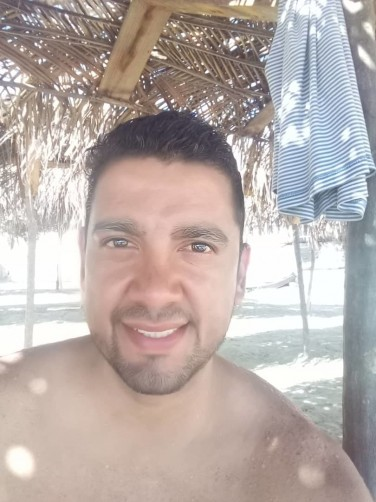 Victor, 40, Chacao