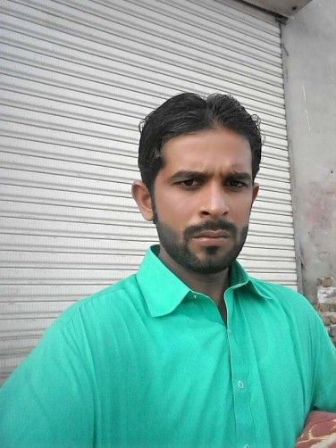 Mushtaque, 24, Larkana