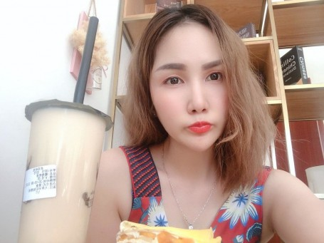 李润棋, 31, Savannakhet