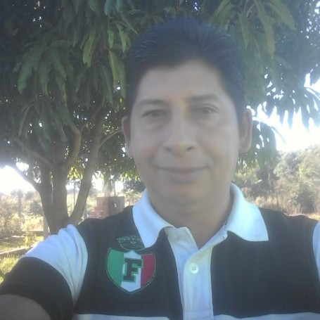 Claudio, 45, Asuncion