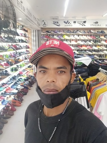 Angel, 31, Santa Cruz de Barahona