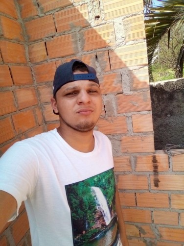 Marcos, 18, Lages
