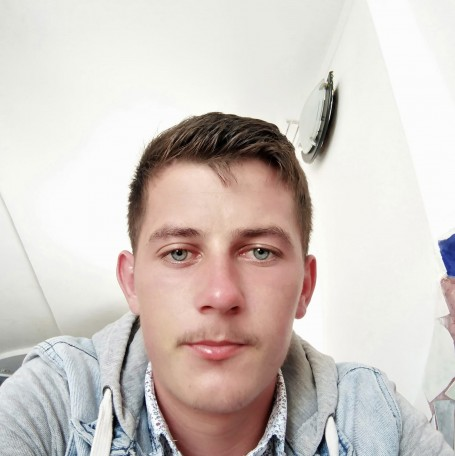Nycu, 22, Almere Stad