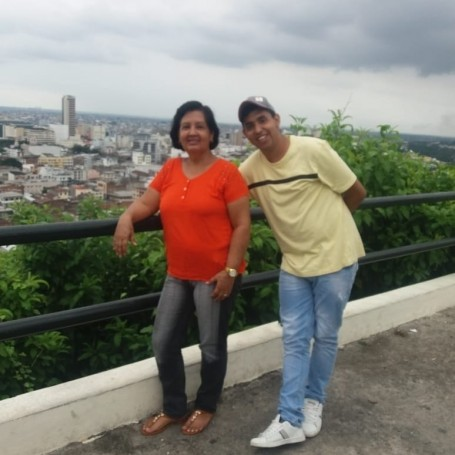 Andres, 23, Guayaquil
