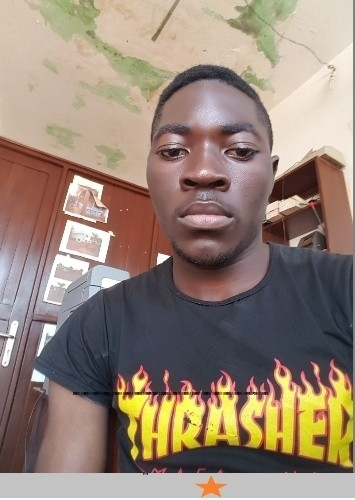 Fred, 21, Douala