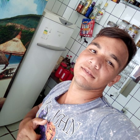 Wellington, 20, Guarapari