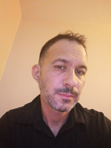 Ludovic, 43, Louhans