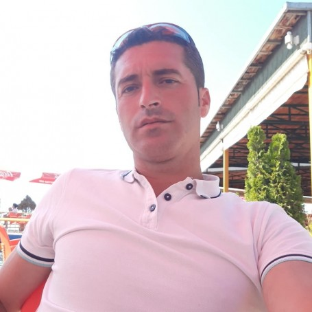 Reli, 28, Korce