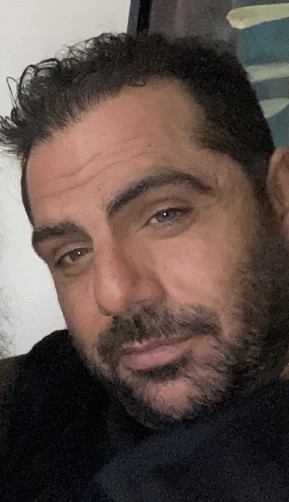 Roco, 37, Freetown