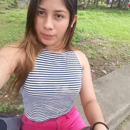 Evelyn, 20, Quito