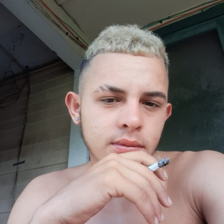 Rodolfo, 18, Charleston