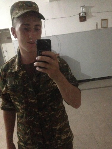 Boris, 19, Abovyan