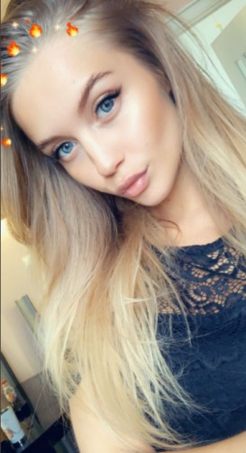 Laura, 25, Guayaquil