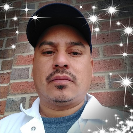 Junior, 38, Joliet