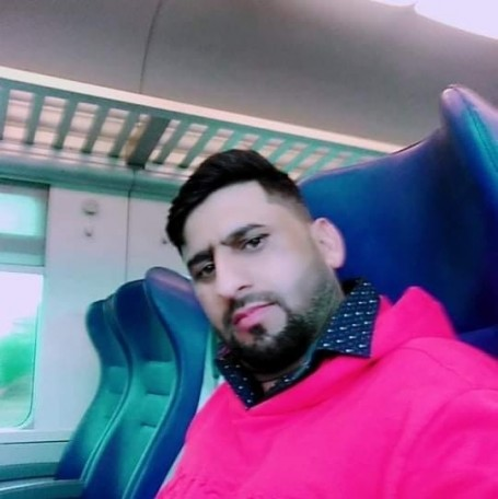 Gondal King, 32, Follonica