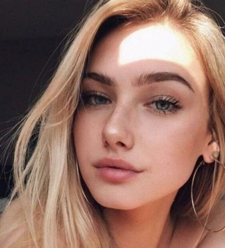 Molli, 20, Moscow