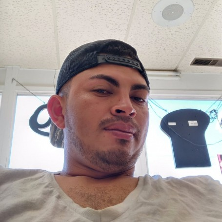 Carlitos, 25, Denver