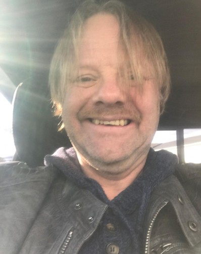 Maxwell, 51, Chicago