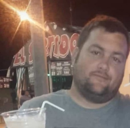 Francisco, 38, Chiclana de la Frontera